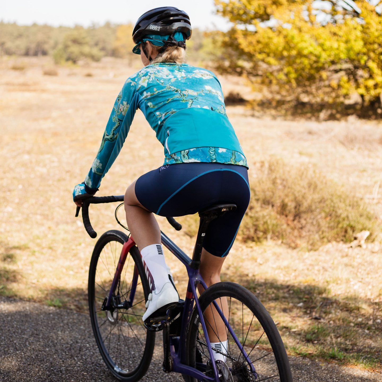 Warm blijven tijdens het fietsen in de herfst en winter
