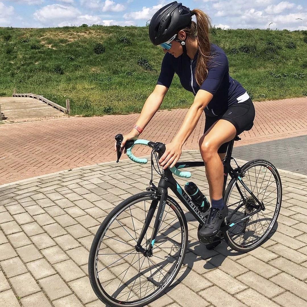 Een fietsbril voor vrouwen: zo kies je de juiste